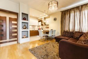 HQ Apartments