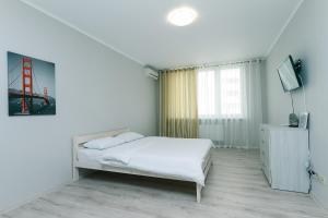 Apartments on Elena Pchelka