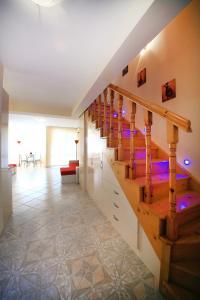 Sintria Court Apartments, Apartmanok  Balcsik - big - 14