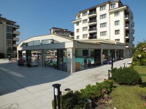 Real Black Sea Apartments - фото 26
