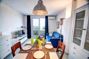 Apt. by the sea by Hello Apartments, Apartments  Sitges - big - 21