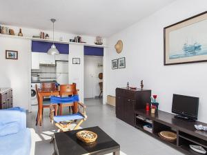 Apt. by the sea by Hello Apartments, Apartments  Sitges - big - 5