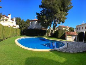 Pino Alto Holiday Homes Rioja, Holiday homes  Miami Platja - big - 1