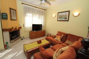 Pino Alto Holiday Homes Rioja, Holiday homes  Miami Platja - big - 8