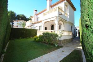 Pino Alto Holiday Homes Rioja, Holiday homes  Miami Platja - big - 10