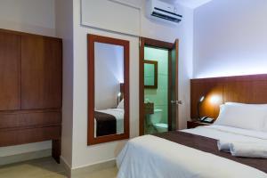 Hotel La Ría Durán, Szállodák  Durán - big - 9