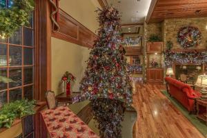 The Inn at Christmas Place, Hotel  Pigeon Forge - big - 11