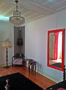 Cabra Velha Vintage House