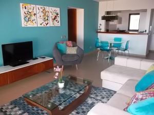 Mar da Luz, Algarve, Apartments  Luz - big - 17