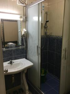 China Town Guest House, Отели  Freetown - big - 3