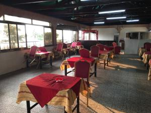 China Town Guest House, Отели  Freetown - big - 40