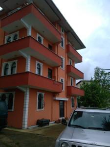 Turuncu Apartment