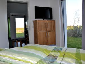 Villa Calm Sailing, Апартаменты  Бёргеренде-Ретвиш - big - 74