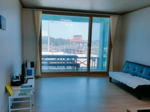 Jeju Sky and Sea Pension, Дома для отпуска  Чеджу - big - 16