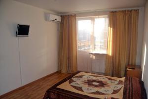 Apartments Baturinskaya 159/78
