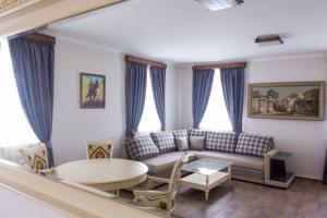 Гостиный двор Хасана Салпагарова, Черкесск