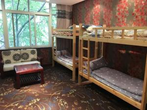 Jinan Laojiumen Youth Hostel, Хостелы  Цзинань - big - 5