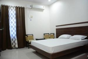 Hotel Paras, Отели  Lalitpur - big - 9