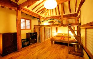 Happy Hanok Guesthouse 2