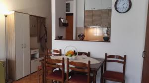 Viola Apartment, Apartmány  Budva - big - 15