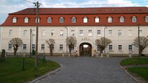 Hotel-Restaurant-Domäne-Badetz