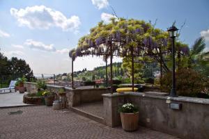 Casale Manzoni, Appartamenti  Verona - big - 56