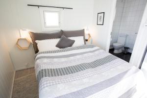 Annebua-Svolvær, Holiday homes  Svolvær - big - 23