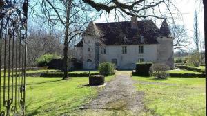 Chateau de Chambes
