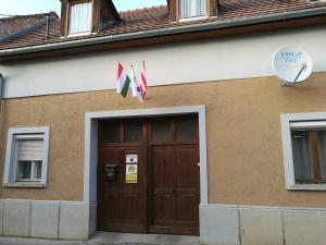 obrázek - Zászlósház