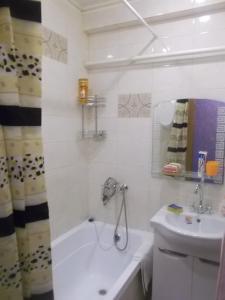 Prospekt Engelsa Street Apartment, Ferienwohnungen  Sankt Petersburg - big - 11