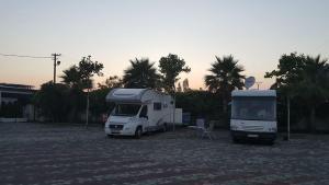 Camping & Pishina Riviera