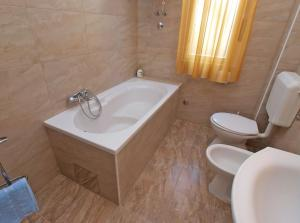 Apartment Romeo 1341, Apartmány   - big - 18