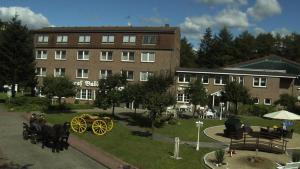 Hotel Graf Balduin, Отели  Esterwegen - big - 1