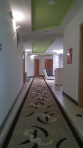 Motel Edeka, Високо