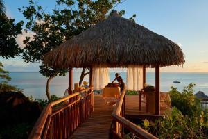 Conrad Bora Bora Nui, Курортные отели  Бора-Бора - big - 56