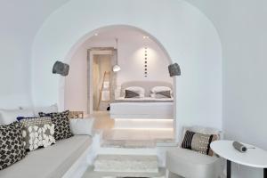 Cosmopolitan Suites - Μικρά πολυτελή ξενοδοχεία του κόσμου (Φηρά)