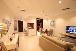 Faraway Homes - Marina Promenade - Dubai
