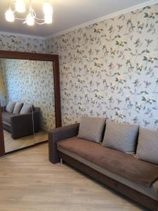 Apartment on Bakinskikh Komissarov