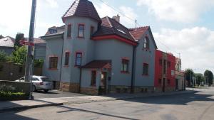 Penzion Anebel, Vendégházak  Luhačovice - big - 1