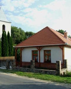 Öreg Bence Háza, Apartments  Füzérkomlós - big - 6