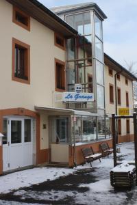 Centre Chrétien La Grange, Guest houses  Auberson - big - 66