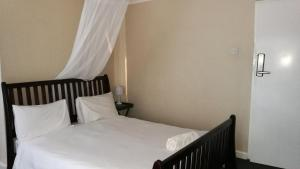 LePatino Bed & Breakfast, Bed and Breakfasts  Livingstone - big - 18