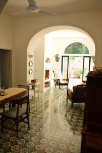 Villa Rosella, Villas  Capri - big - 9