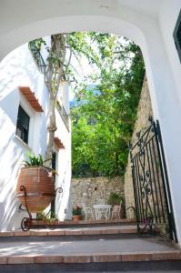 Villa Rosella, Villas  Capri - big - 15