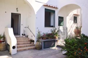 Villa Rosella, Villas  Capri - big - 26