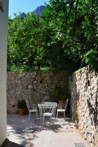 Villa Rosella, Villas  Capri - big - 20