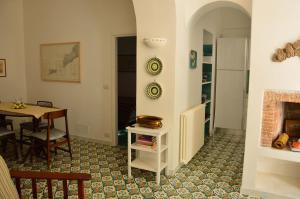 Villa Rosella, Villas  Capri - big - 25