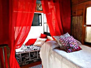 Malaga Beach Holiday, Hostelek  Rincón de la Victoria - big - 2