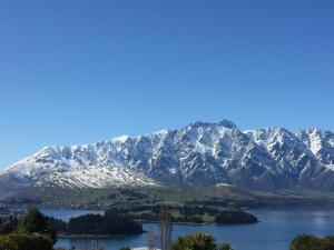 Distinctive Artist Lakeview Townhouse, Ferienhäuser  Queenstown - big - 6