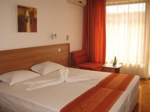 Family Hotel Vega, Отели  Святые Константин и Елена - big - 6